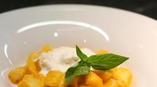 RECEPT TÝDNE: Gnocchi s rajčaty a burratou